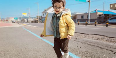 How to Find the Right Size of Clothes for your Children?